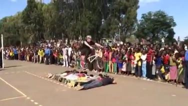 Man on a bicycle Jumps over 11 People in Bahir Dar
