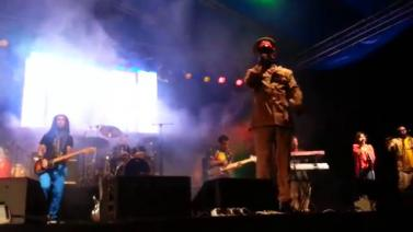 Teddy Afro Performing Tikur Sew At Ghion Hotel, Addis Ababa April 26 2014
